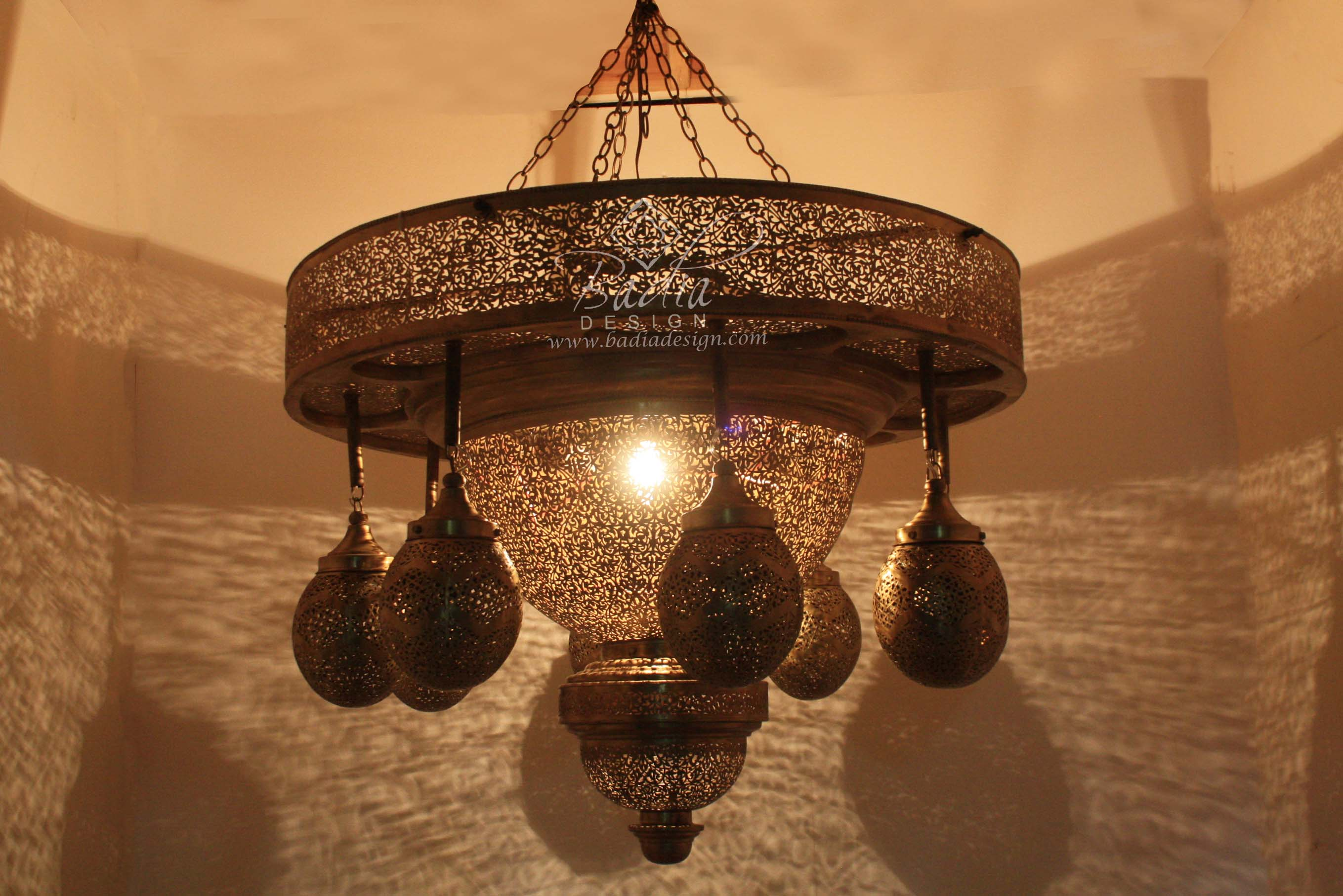 moroccan-eight-light-cluster-brass-chandelier-ch269-2.jpg