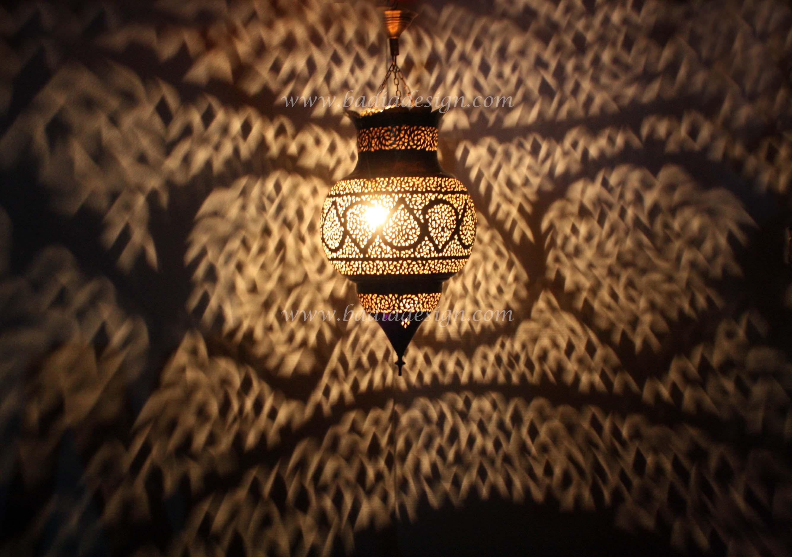moroccan-hand-punched-brass-lantern-lig189-1.jpg