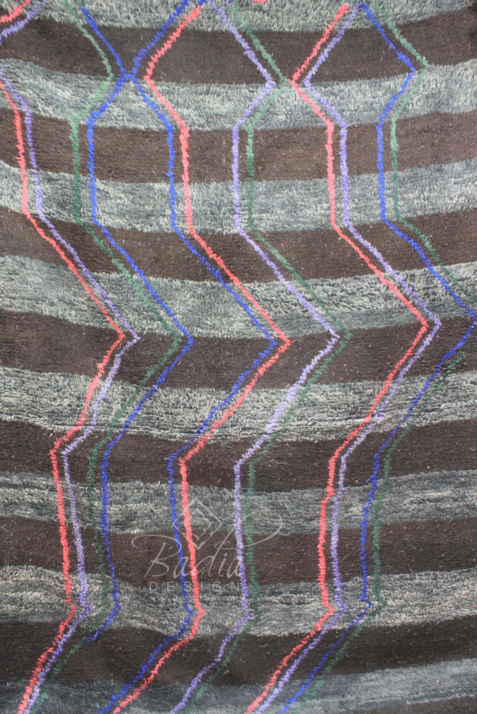 moroccan-handmade-berber-rugs-r905-2.jpg
