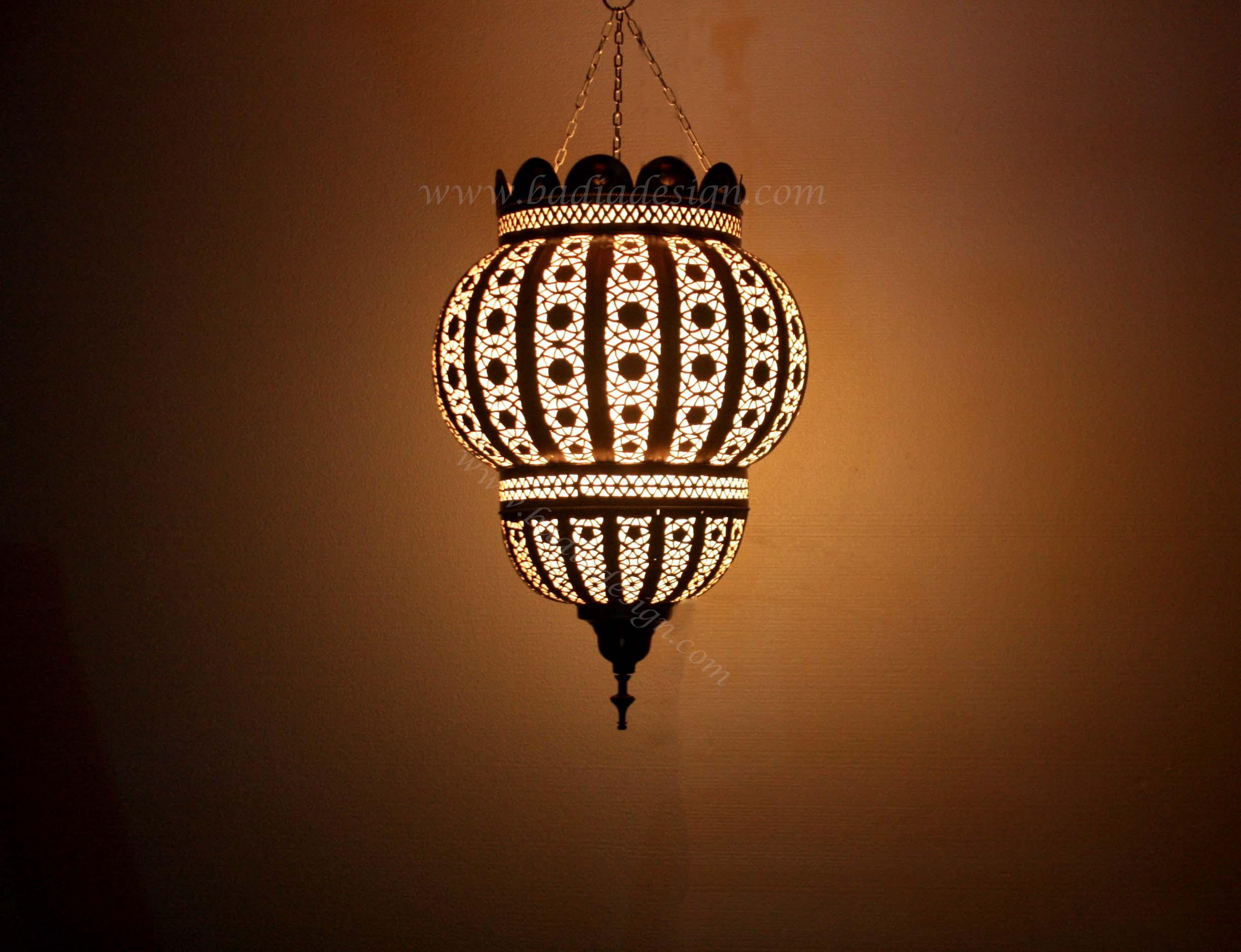 moroccan-hanging-brass-lantern-lig186-1.jpg