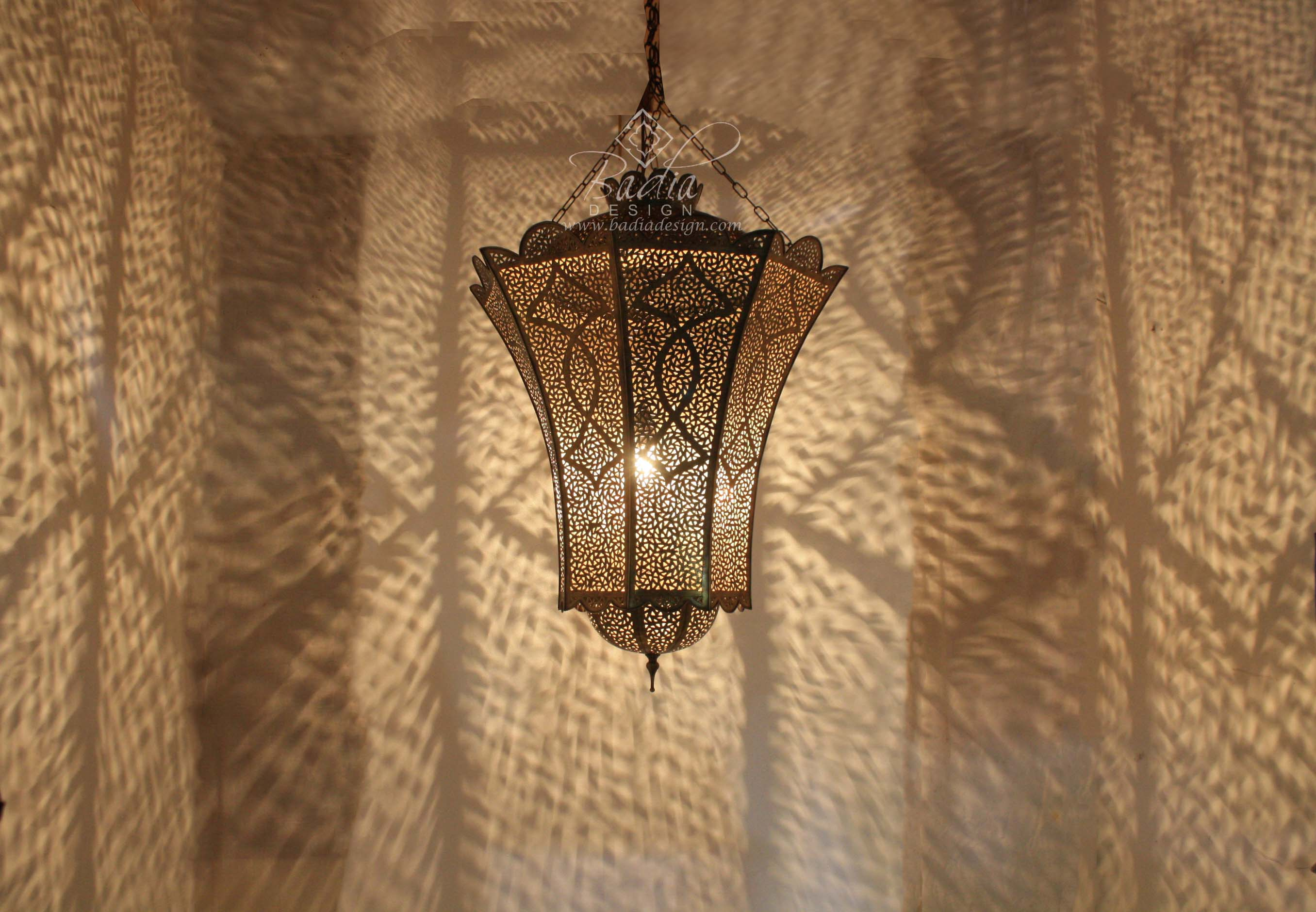 moroccan-large-hand-punched-brass-chandelier-ch274-2.jpg