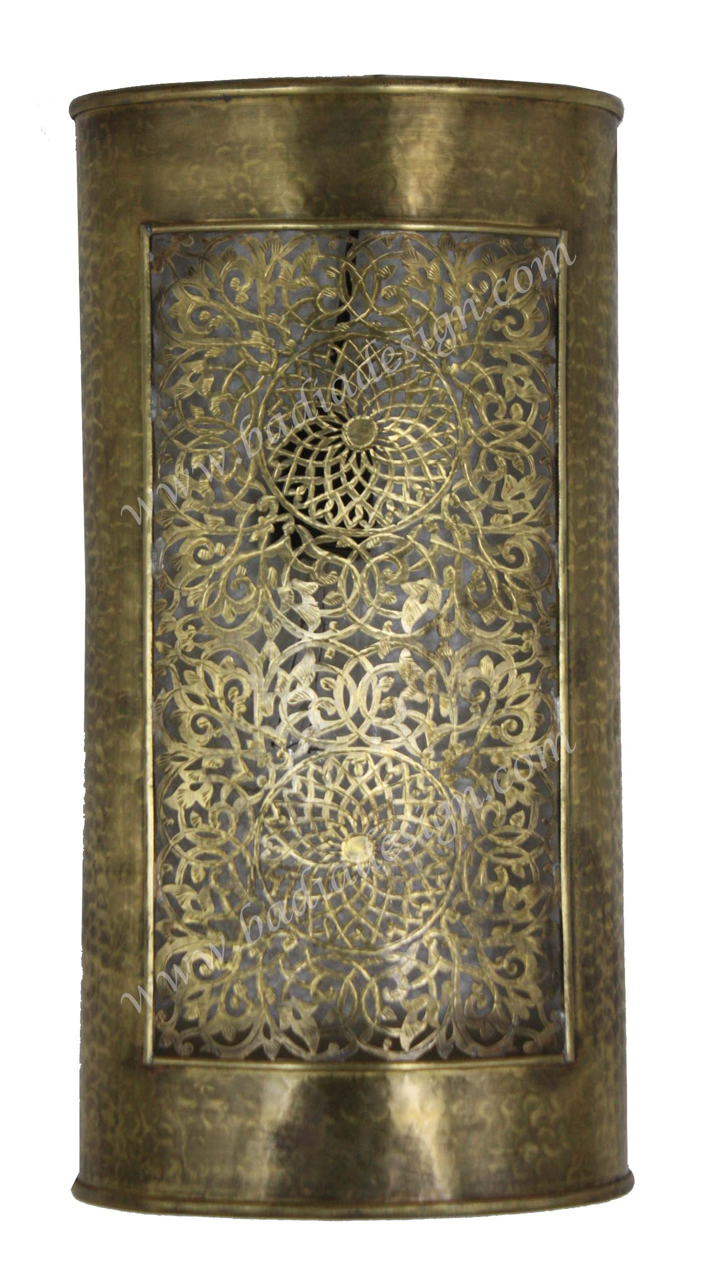 moroccan-rectangular-shaped-brass-wall-sconce-badia-deisgn-wl210-2.jpg