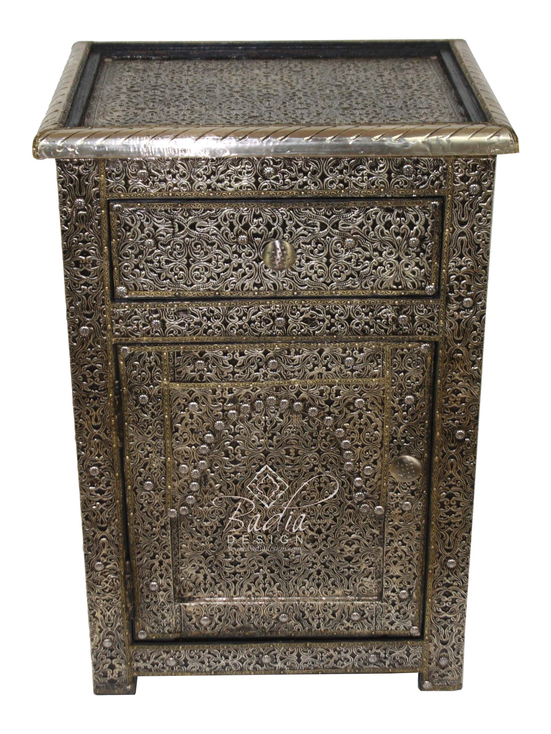 moroccan-silver-nickel-nightstand-with-glass-top-nk-ca047-1.jpg