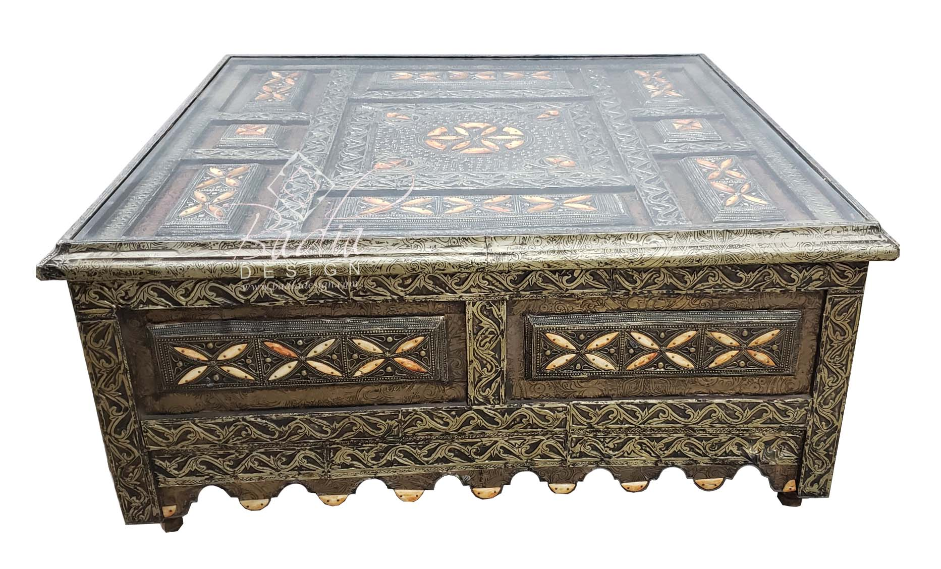 square-shaped-metal-and-bone-coffee-table-with-glass-top-mb-ct012-1.jpg