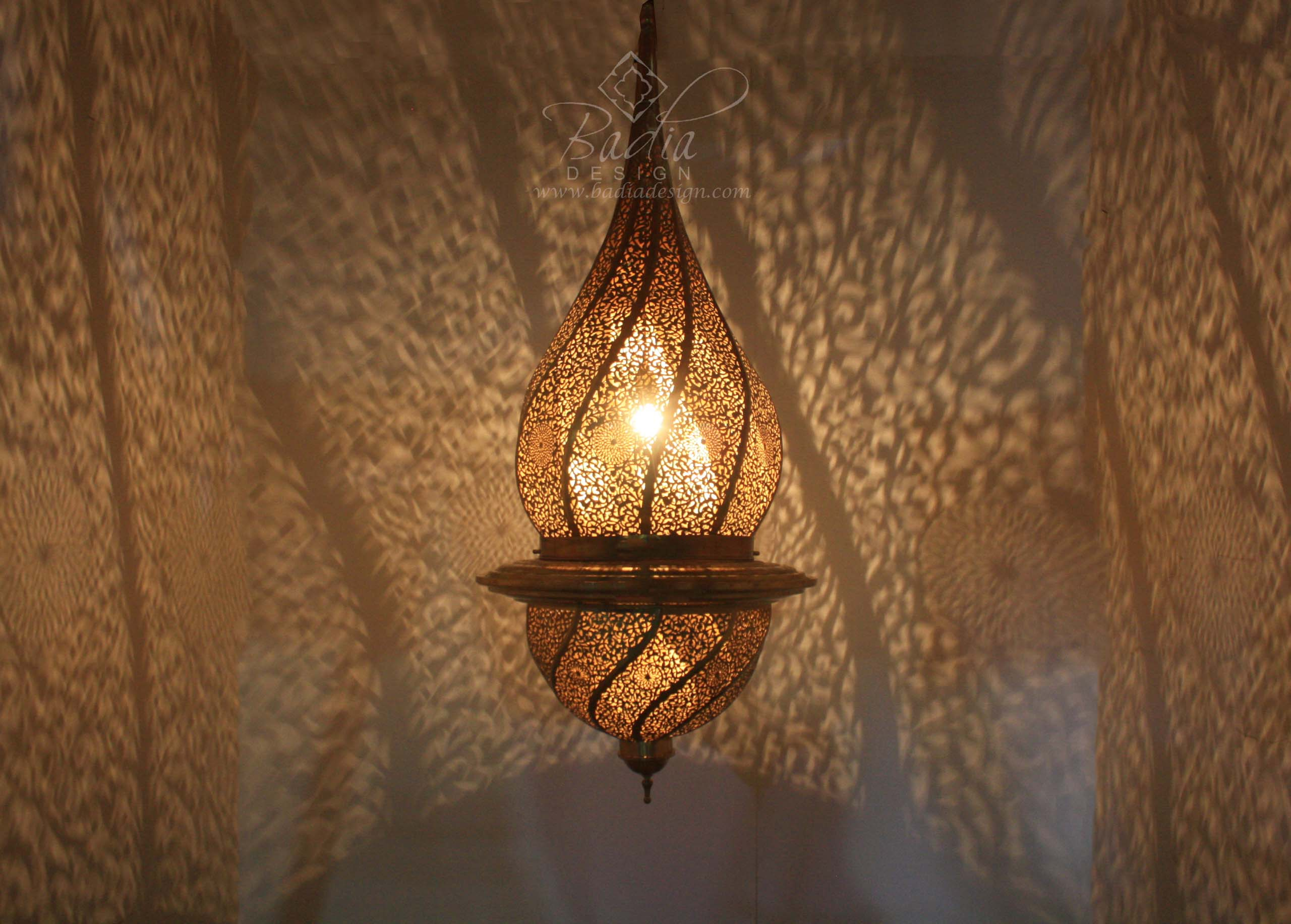 tall-moroccan-hand-punched-brass-chandelier-ch256-2.jpg
