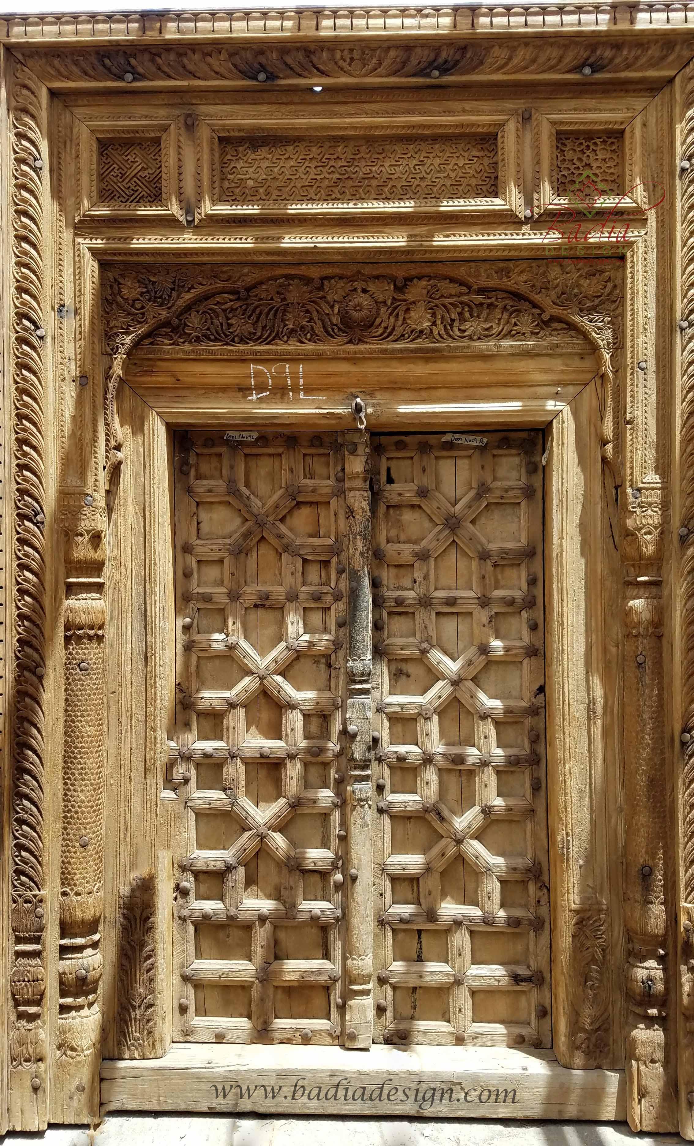 vintage-wooden-door-cwd015.jpg