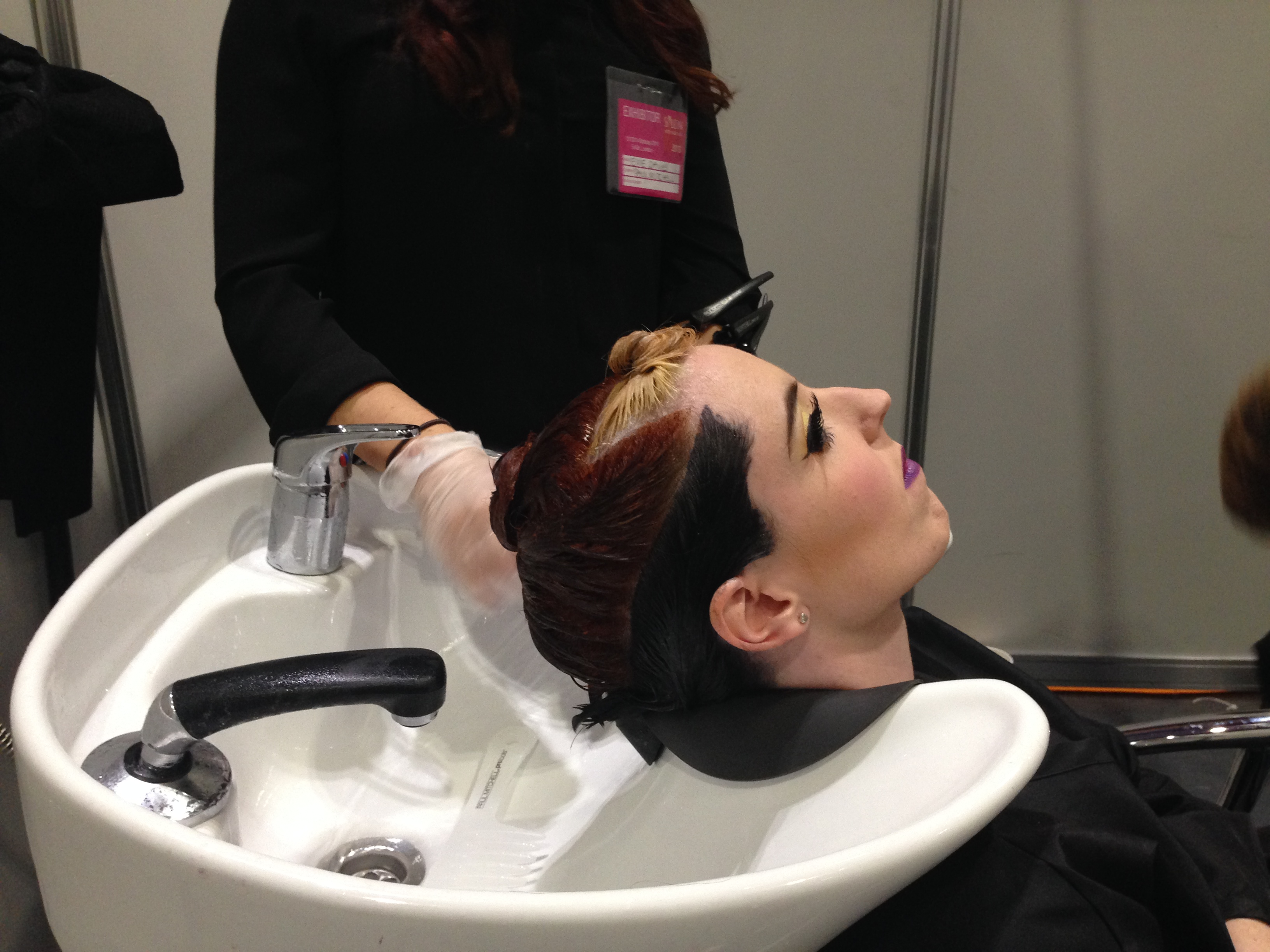 london-hair-expo-2013-colour-model-at-the-back-wash.jpg