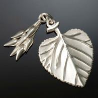 Aspen Leaf & Seed Charm