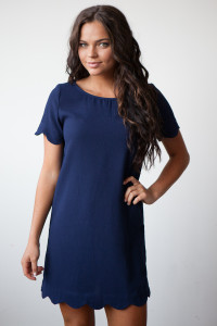 It Girl Solid Short Sleeve Scalloped Woven Shift Dress - Navy
