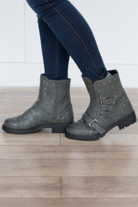 Soho Triple Buckle Boots - Grey - FINAL SALE