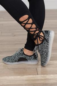 In a Flash Knit Sneaker - Black/White