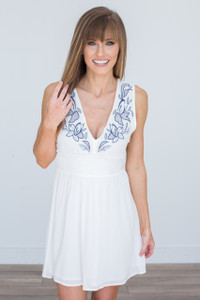 Sleeveless Floral Embroidered Dress - Off White