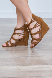 Strappy Knotted Wedge Sandal - Camel