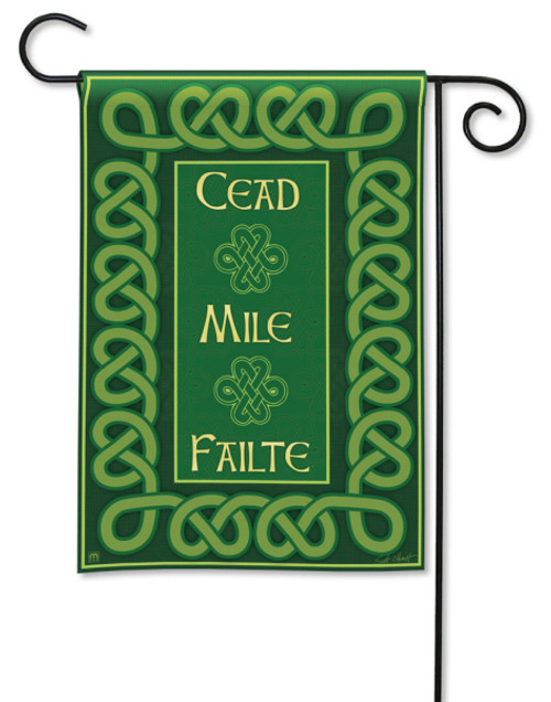 "A Hundred Thousand Welcomes St. Pat's Garden Flag - 12.5"" x 18"""