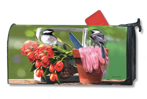 Chickadee Rest Stop Magnetic Mailbox Cover