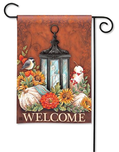 fall-lantern-autumn-garden-flag.jpg