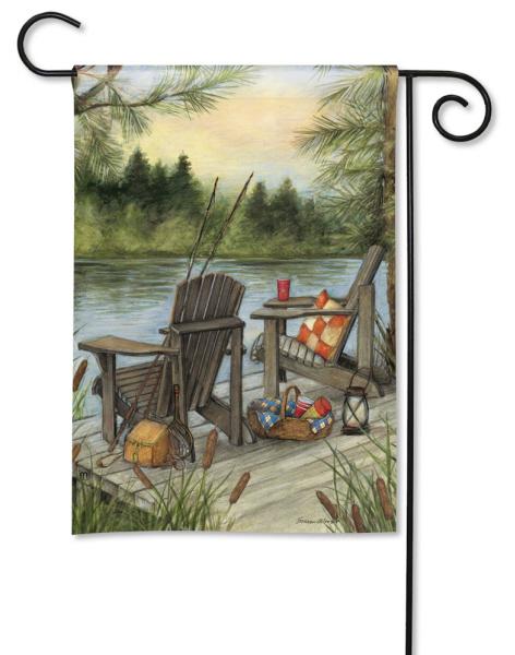 Lakeside Garden Flag