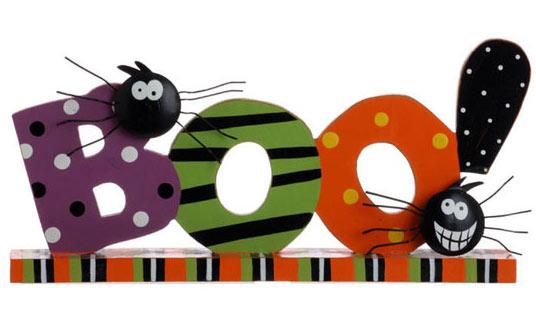 Victoria Hutto's Halloween wooden mantel piece