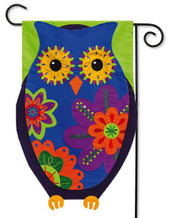 Applique garden flag by Evergreen