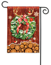 BreezeArt Cozy Cabin Wreath Outdoor Garden Flag