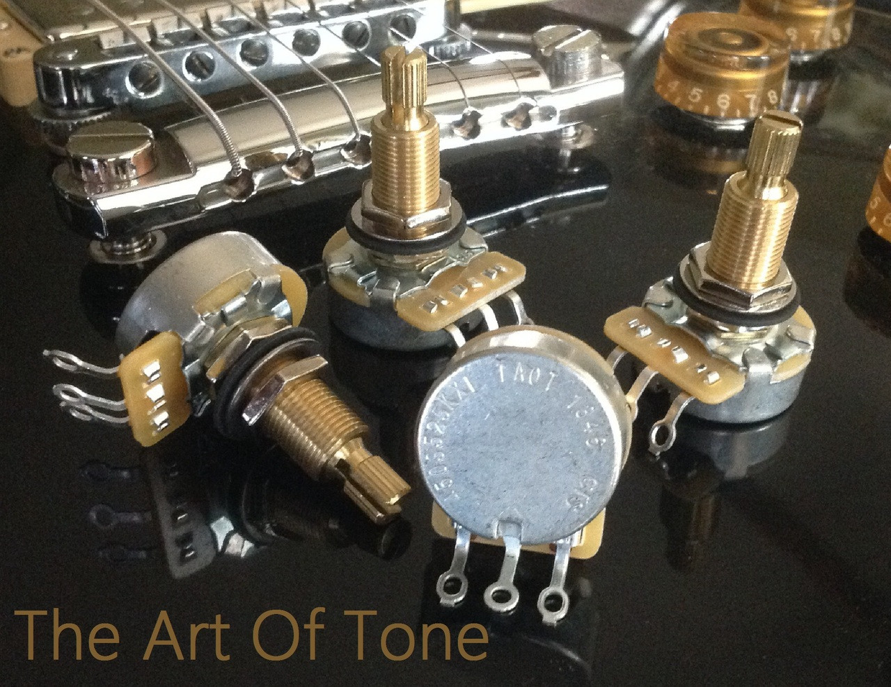 CTS Custom Spec'd 525K Long Split Shaft Audio Taper Pots 500K -CTS 450G Pots