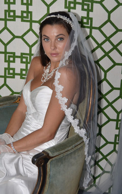 Ansonia Bridal Veil Style 713S - One Tier Fingertip With Scallop Venice Lace