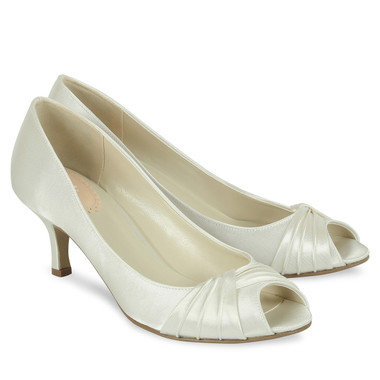 Romantic Ivory Shoe - Pink By Paradox Shoe