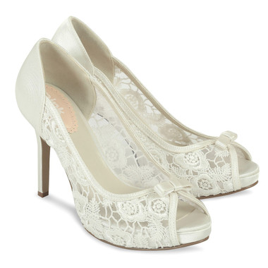 Zinnia Ivory Shoe - Pink By Paradox Shoe