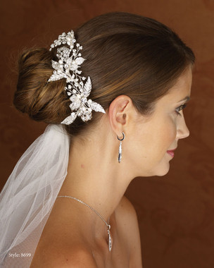 Marionat Bridal 8699 Rhinestone Clip with Pearl Sprays- Le crystal