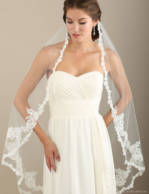 Bel Aire Bridal Veils V7320 - 1-tier knee length Alençon lace veil with extra appliqués