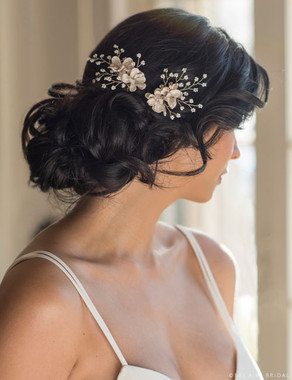 Bel Aire Bridal Hair Pins 1720 - Flower hairpins with delicate pearl sprays