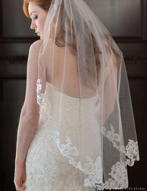 Bel Aire Bridal Veils V7357 1-tier fingertip veil with Baroque designs
