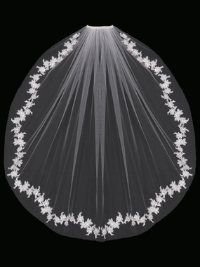 En Vogue Bridal Style V1694SF - English tulle veil with lace appliques
