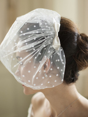 Mariell Bridals 4088V-Ivory Retro 1950's Polka Dot Face Veil with Hand Made Satin Bow