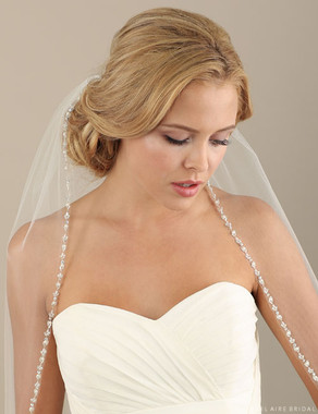 Bel Aire Bridal Veils V7304 - 1-tier fingertip veil with beads and pearls