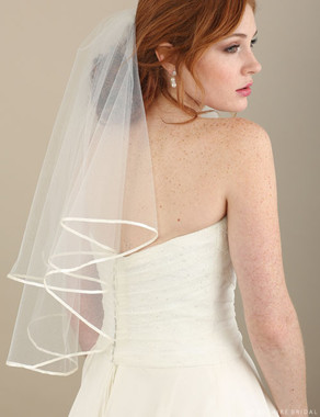 Bel Aire Bridal Veils V7313 - 2-tier shoulder veil with folded ribbon edge