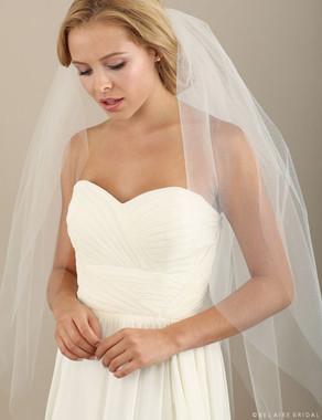 Bel Aire Bridal Veils V7314 - Cut edge knee length veil of 6 petals