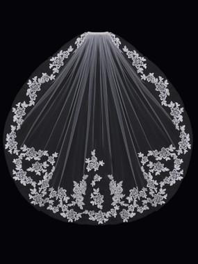 En Vogue Bridal Style V1597SF - English Tulle Fingertip Lace Veil - One Tier