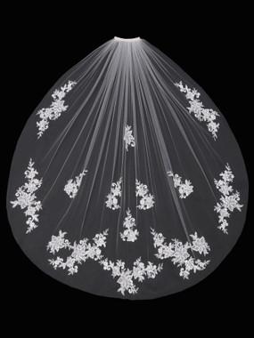 En Vogue Bridal Style V1695SF - English Tulle Fingertip Lace Veil - One Tier