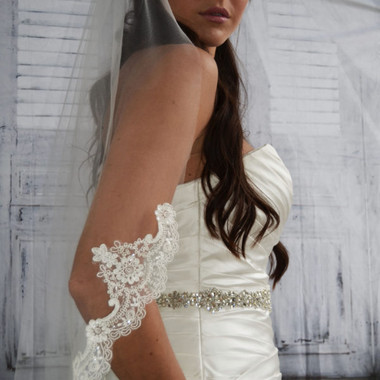 "Ansonia Bridal Veil Style 743S - 38"" inches -  Fingertip Lace Edge Veil"
