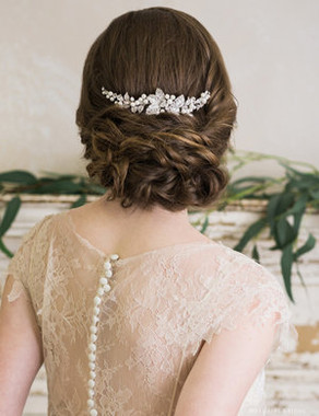 Bel Aire Bridal 6737 - Rhinestone and pearl comb