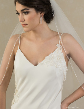 Bel Aire Bridal Veils V7380 1-tier fingertip veil with pearl and crystal edge