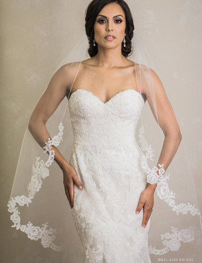 Bel Aire Bridal Veils V7391 - 1-tier long fingertip veil with rolled edge and unbeaded Alençon lace