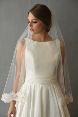 Erica Koesler Wedding Veil 894 -38 - Embroidered Lyon Lace Edge