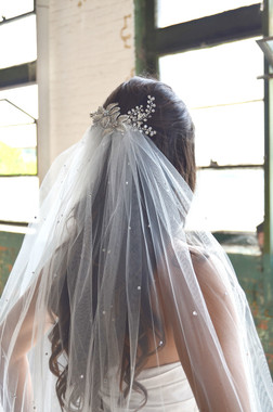 """Elena Designs Wedding Veil Style E1168S - Beaded Embroidered edge veil with pearls - 40"""" X 60″"""