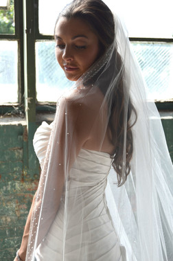 """Elena Designs Wedding Veil Style E1169S - Beaded Embroidered edge veil with pearls - 40"""" X 60″"""