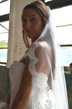 """Elena Designs Wedding Veil Style E1171S - Beaded Embroidered edge veil with pearls - 51"""" X 56″"""