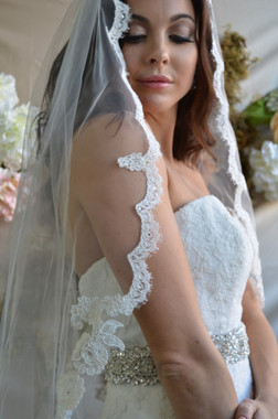 """Elena Designs Wedding Veil Style E1181S - Lace Embroidered edge veil with pearls - 53"""" X 54″"""