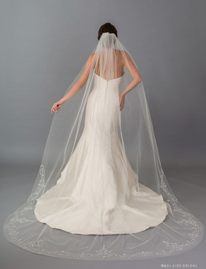 Bel Aire Bridal Veils V7403C - 1-tier cathedral veil with cut edge and sparkling beads