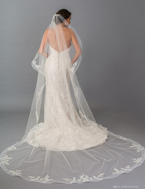 Bel Aire Bridal Veils V7409C - 1-tier cathedral veil with cascading double horsehair edge & flowers